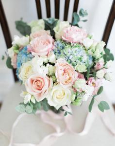 Bride bouquet in soft pastels